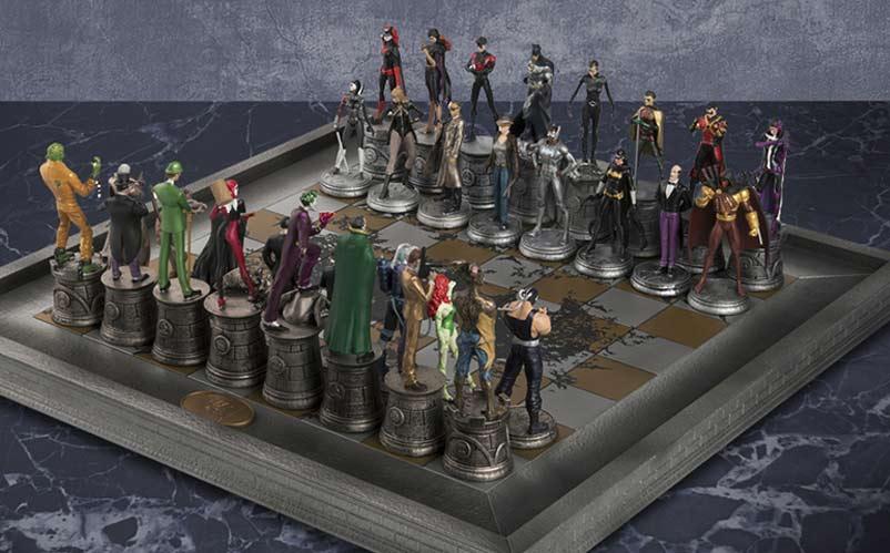 DC Comics Complete Batman Chess Set: Heroes vs. Villains