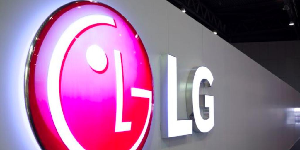 LG is making a new VR headset that uses Valve's SteamVR system