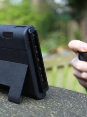 Battery Case For Nintendo Switch Needs To Happen