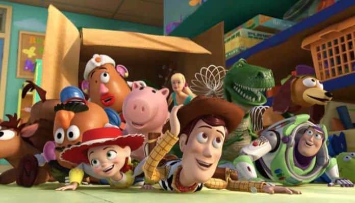 Toy Story 4 Settles On Writer Stephany Folsom