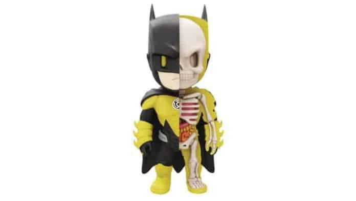 Batman Yellow Lantern XXRay Figure