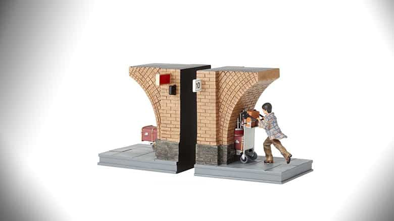 Harry Potter Bookends: Platform 9 3/4 Breaking the Wall